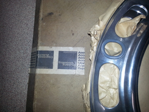 FOR SALE – NOS 1967 Beetle Beauty Rings