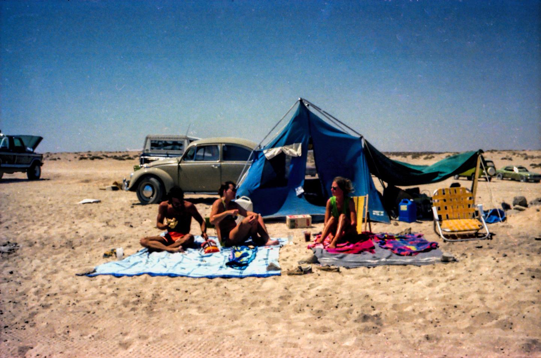 Jill &amp_ Linda, Rocky Point, April '78-18